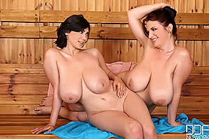 Luna Amor and Joanna Bliss