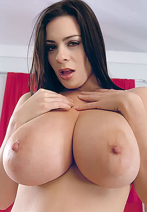 Linsey Dawn Mckenzie getting close to the camera