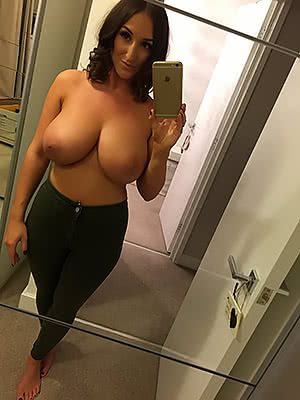 Stacey Poole mirror selfie