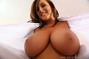 Stacey Poole revealing her goods