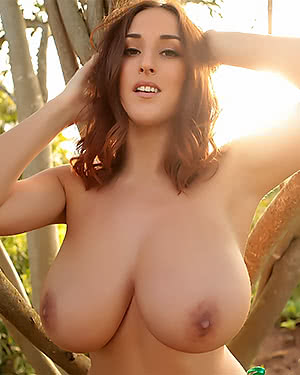 Stacey Poole boobs outdoors