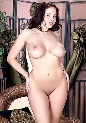 Gianna Michaels completely nude