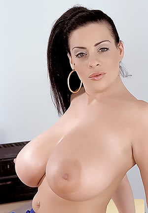 Linsey Dawn Mckenzie makes a presentation